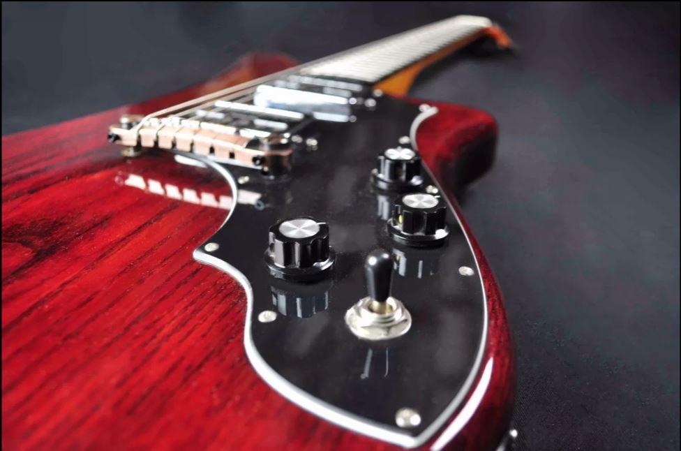 chitarra-sarisch-liuteria-Cocopelli