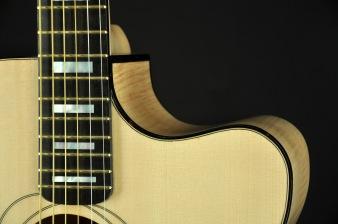 chitarra-acustica-JUMBO