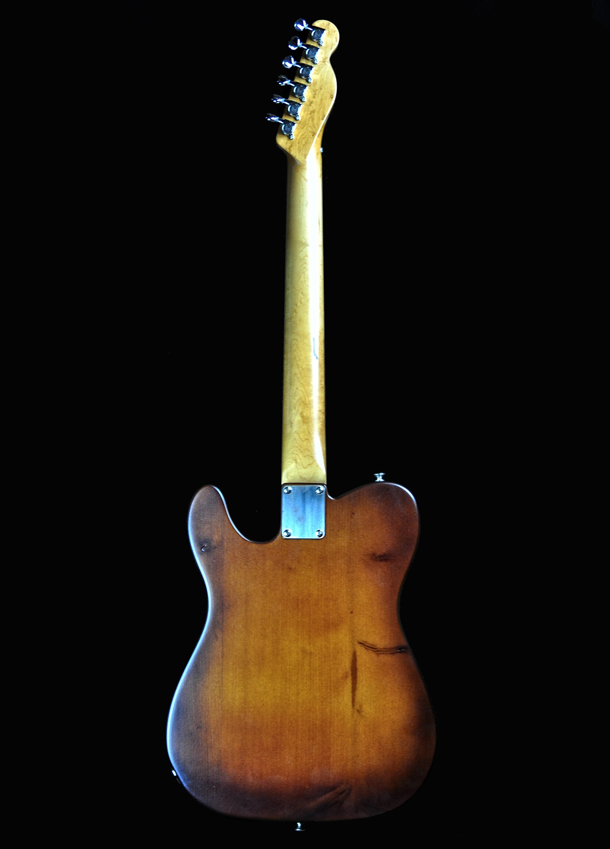 chitarra-tv-pine-retro-1